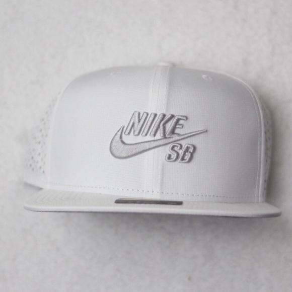d3ef256310256e NEW 💎 NIKE SB SnapBack Flat Aero Bill Hat Cap  30